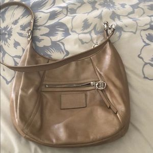 Cross body purse in great condition coach